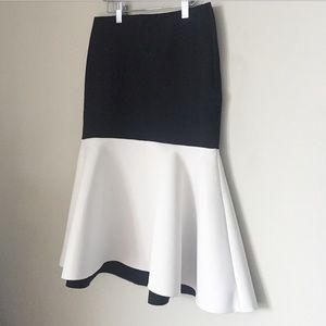 H&M premium structural skirt black white neoprene